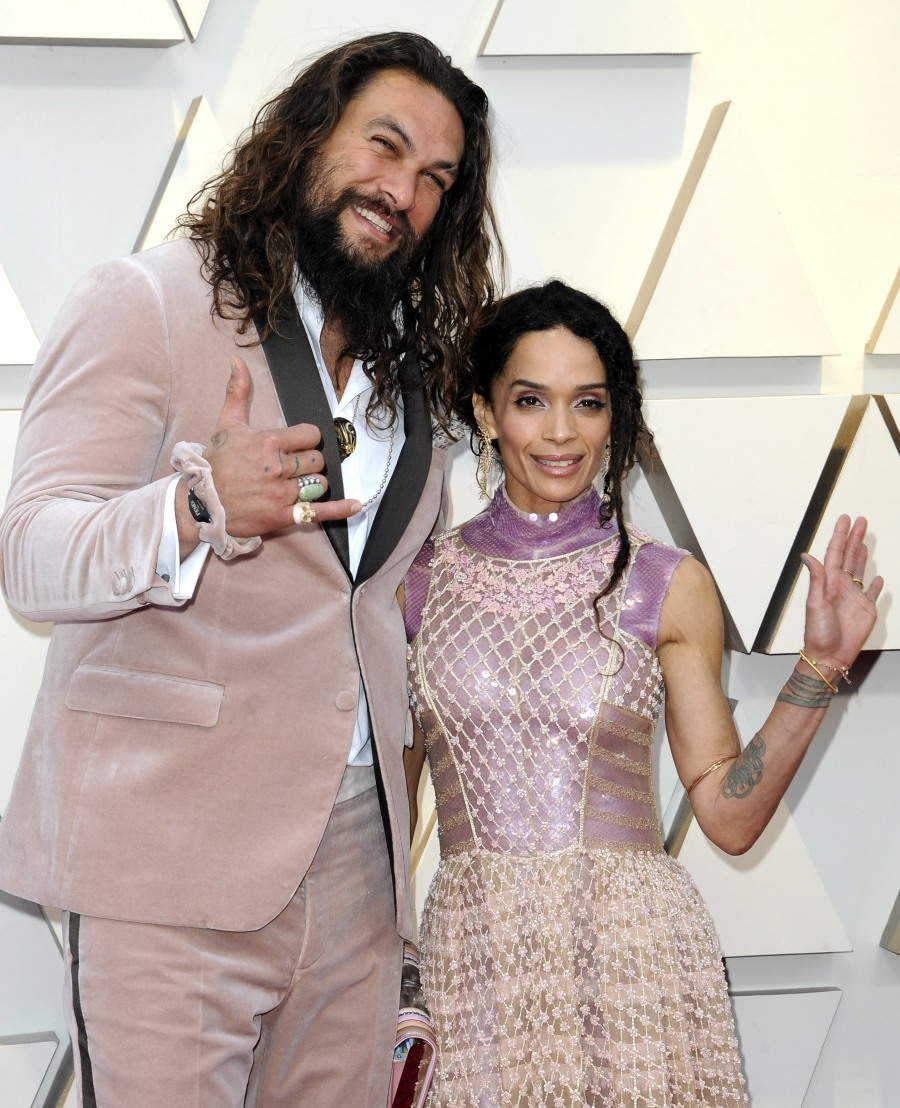 Jason Momoa's Pink Fendi Scrunchie At The