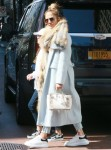 Jennifer Lopez shopping with her daughter in Manhattan