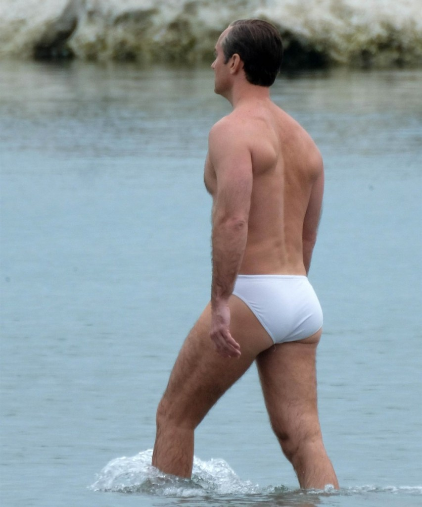 Jude Law shares Venice waters with dozens of naked women (and men) while on the set of 'The New Pope'