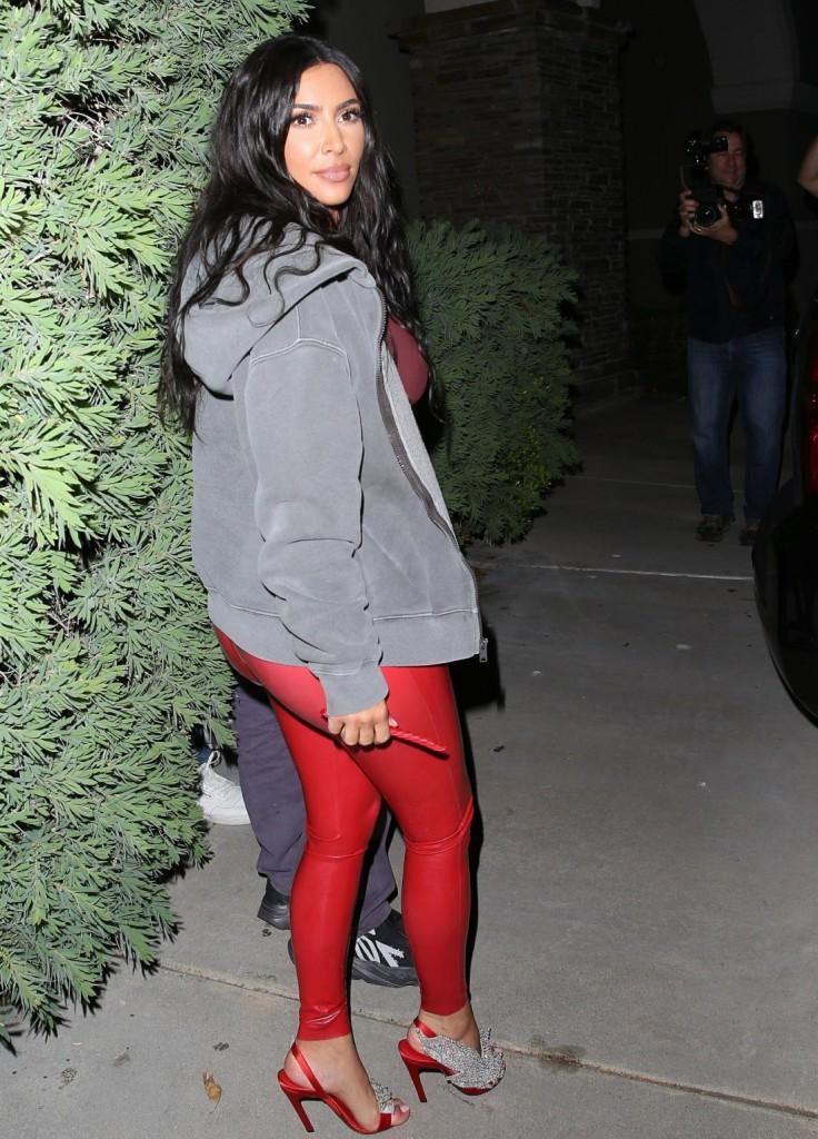 The Kardashian klan leaves Travis Scott's early birthday party at Cinepolis