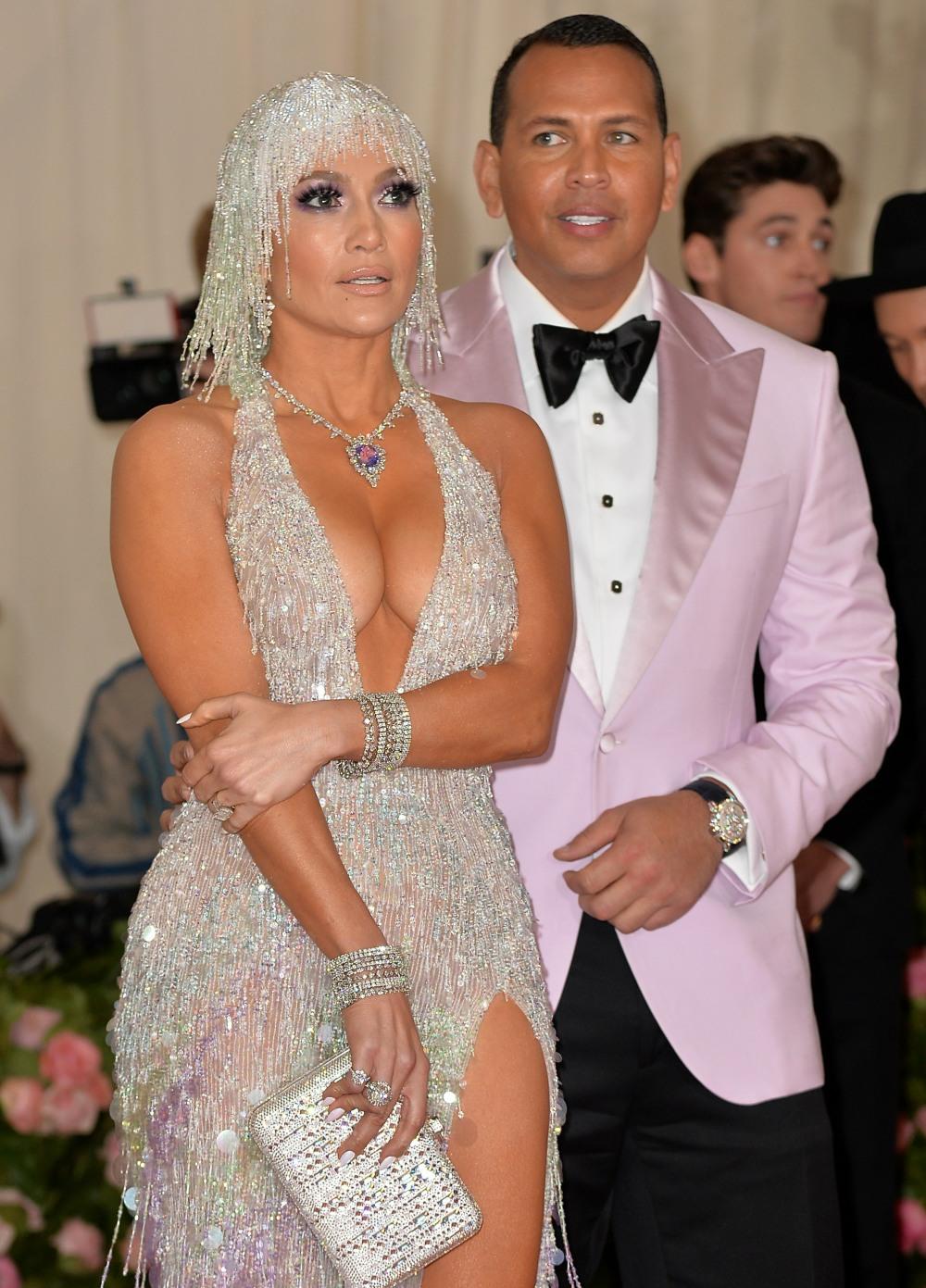 Jennifer Lopez, Alex Rodriguez ad arriva ...