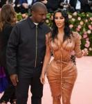 Kim Kardashian West e Kanye West arrivano al Gala Metel 2019 a New York