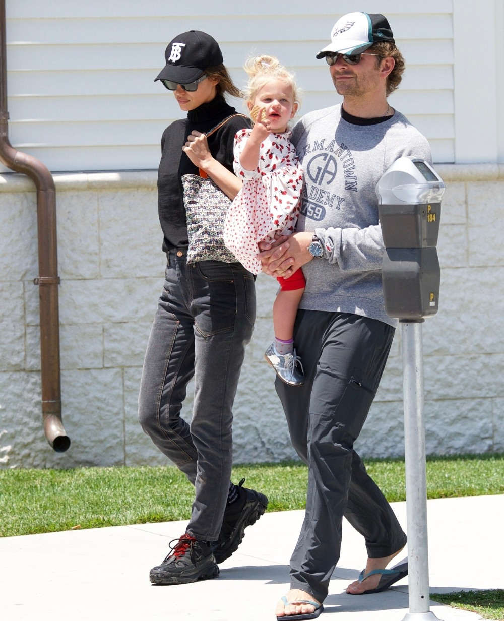 Bradley Cooper and Irina Shayk take their  daughter out for ice cream in Brentwood