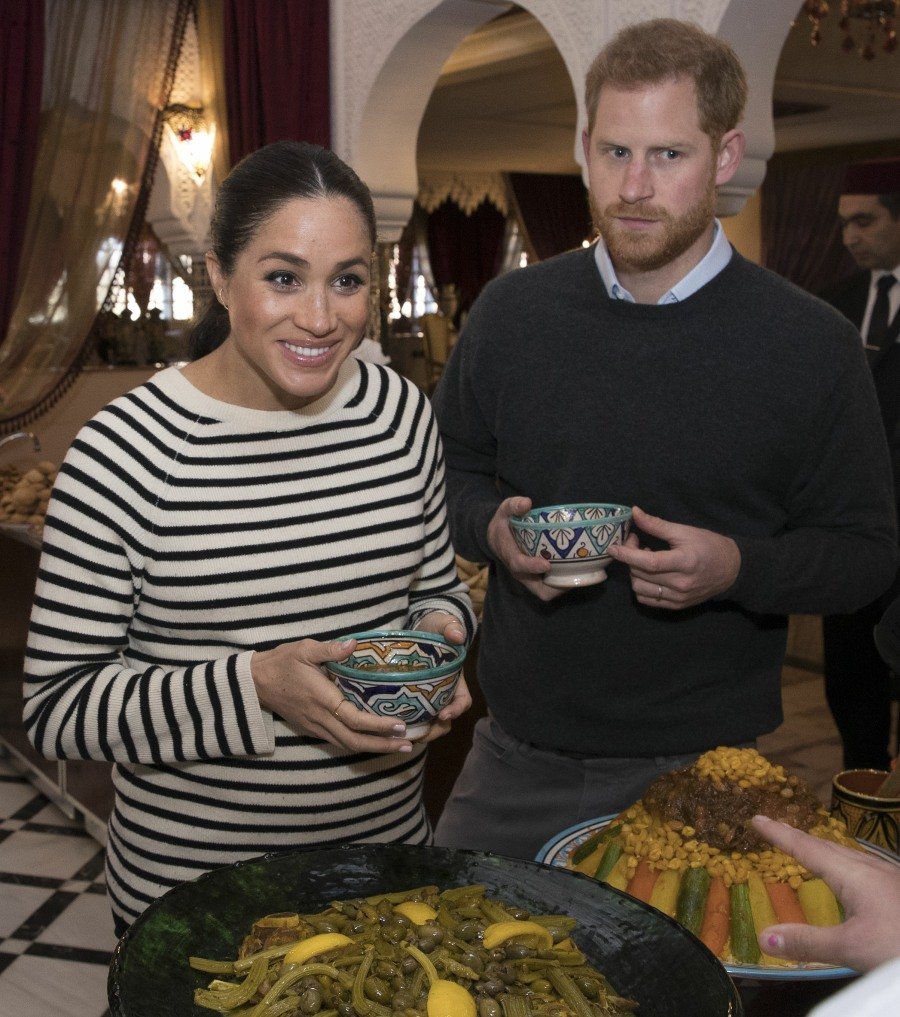 Rule-breaker Duchess Meghan wants to sit next to Harry during formal dinner parties