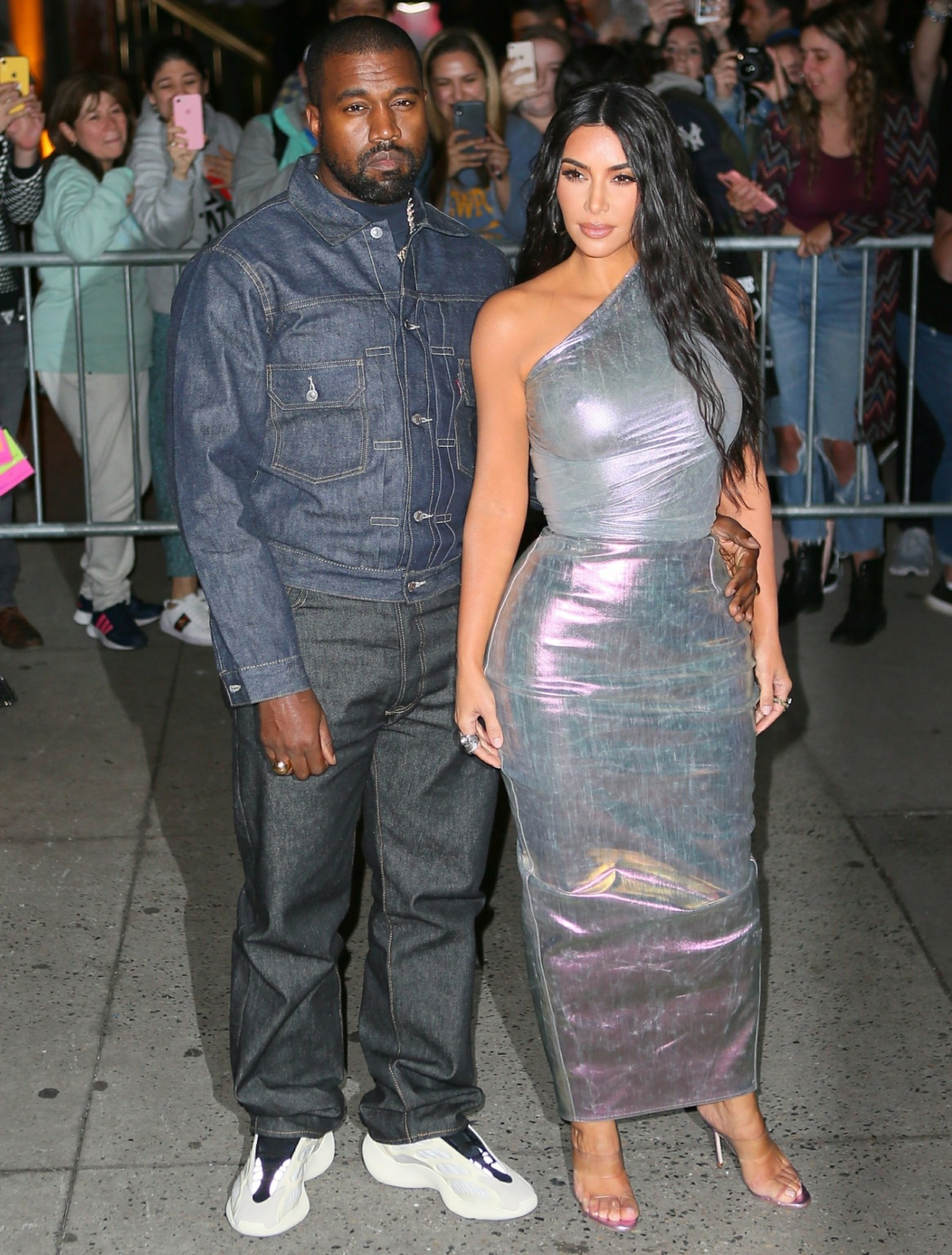 Kanye West 'suffers on social media' because his wife & other women are too sexy