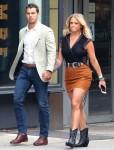Miranda Lambert e il marito Brendan McLoughlin sfoggiano un look alla moda e sofisticato a New York