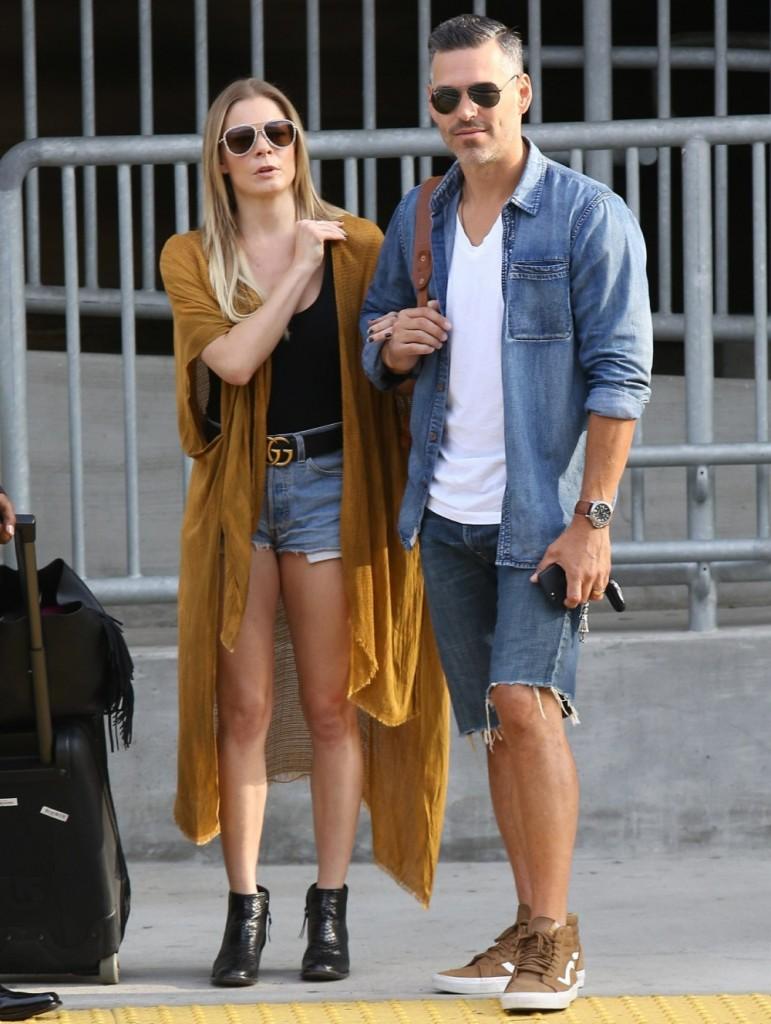 LeAnn Rimes and Eddie Cibrian jet out at LAX