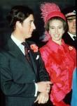 SUO PRINCIPE DI GALLES con sua sorella CREDITO ANNECOMPULSORIA DI PRINCIPESSA SANT'ANNO: UPPA / Photoshot PhotoC 039031 20.11.1972