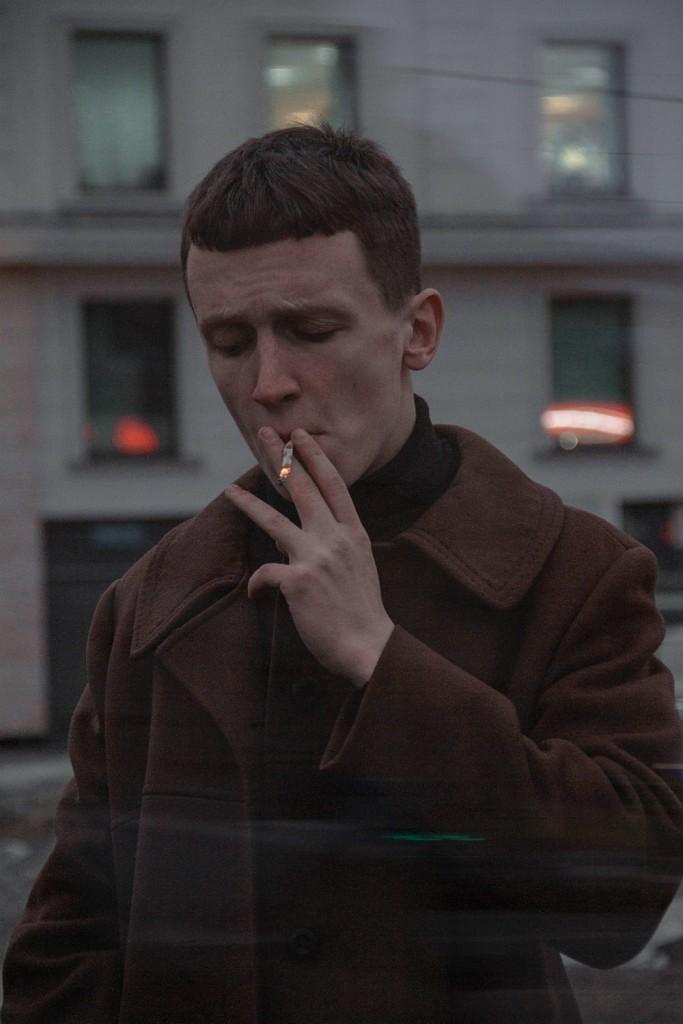 man-in-brown-coat-2267079