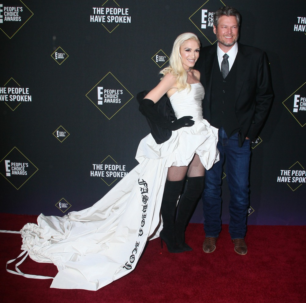 Gwen Stefani, Blake Shelton attends The 2019 People 's Choice Awards in Los Angeles