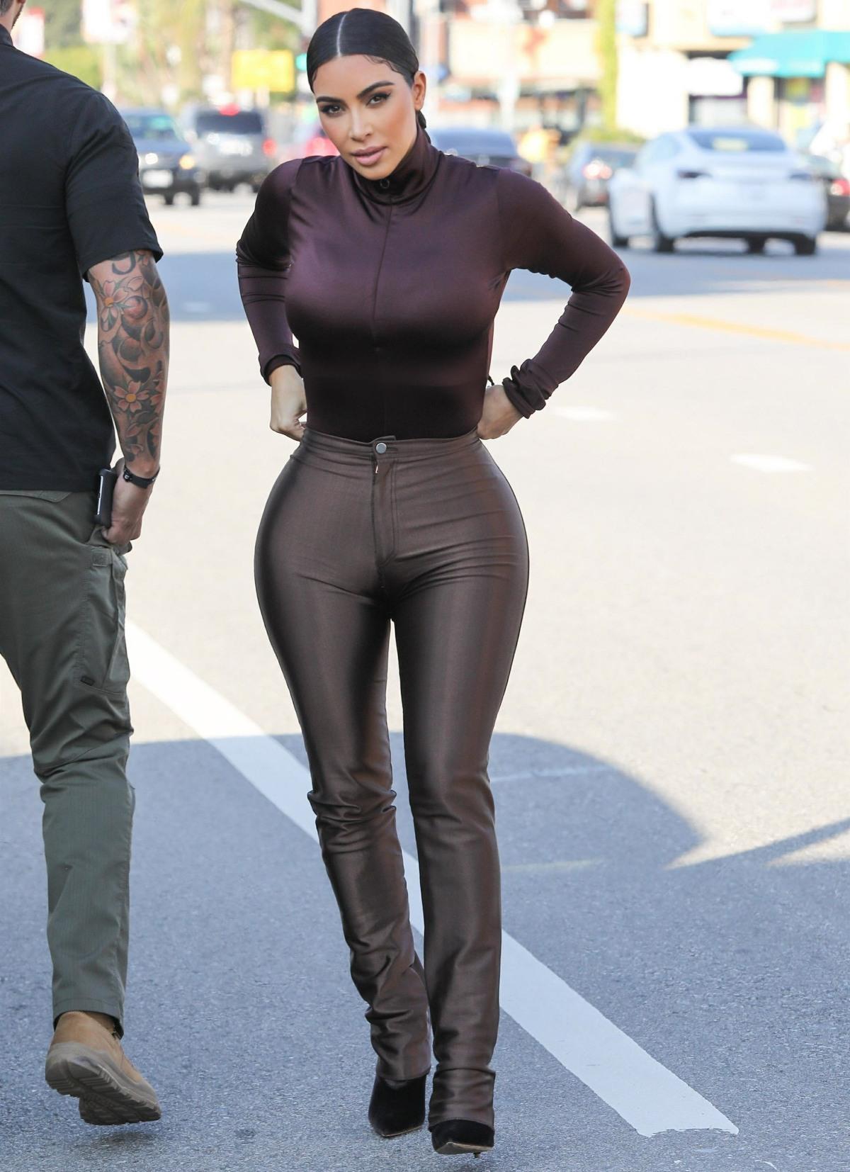 Kim Kardashian puts her curves on display at Sap and Honey