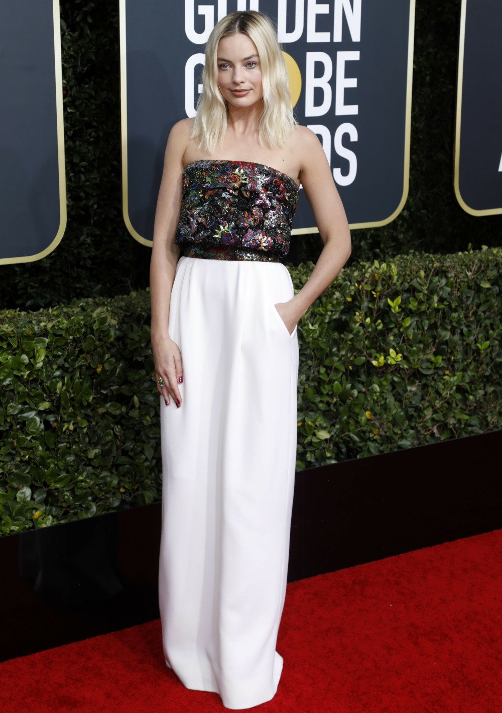 Margot Robbie attending the 77th Annual Golden Globe Awards at The Beverly Hilton Hotel on January 5, 2020 in Beverly Hills, California. | usage worldwide