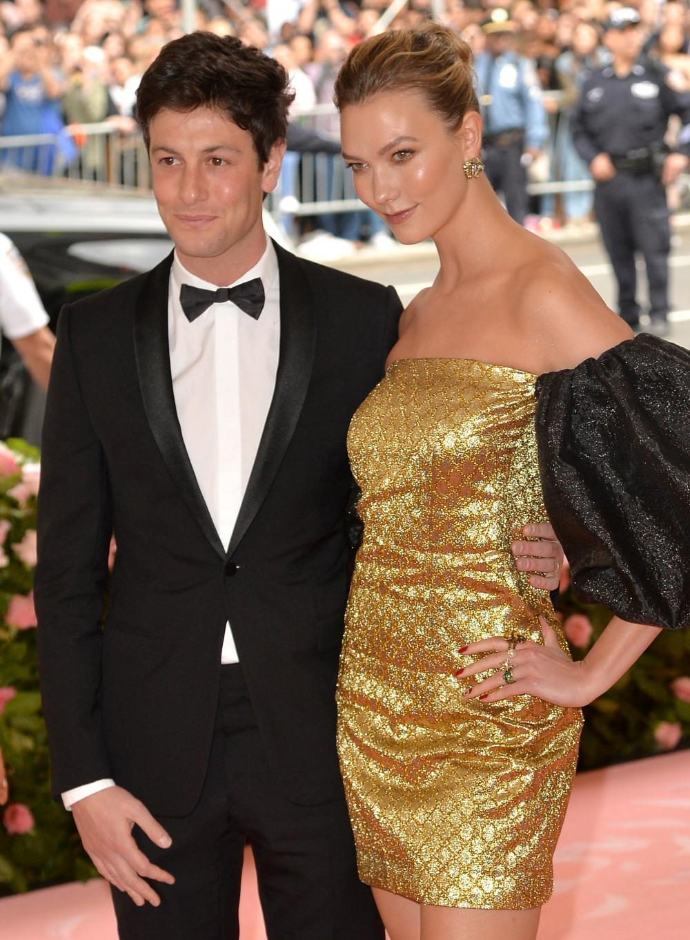 Karlie Kloss, Josh Kushner at arrivals f...