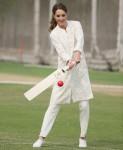 Duchess of Cambridge plays cricket