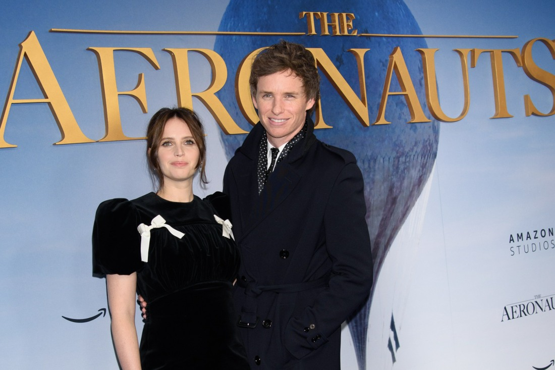 Felicity Jones, Eddie Redmayne at arriva...