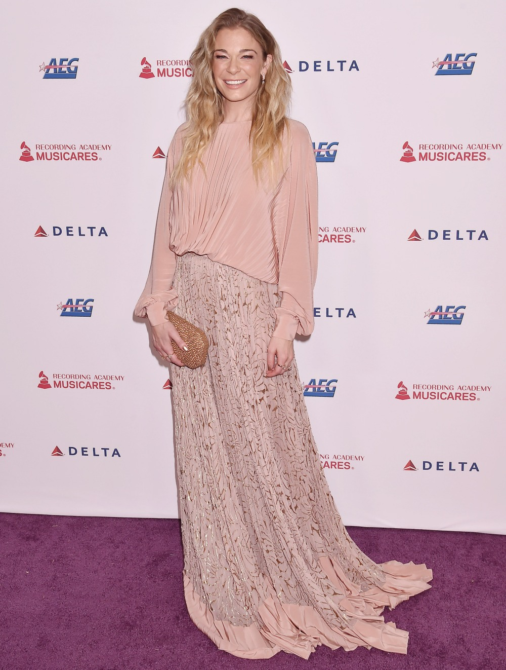 LeAnn Rimes at the 2020 MusiCares Person Of The Year Honoring Aerosmith at West Hall At Los Angeles Convention Center