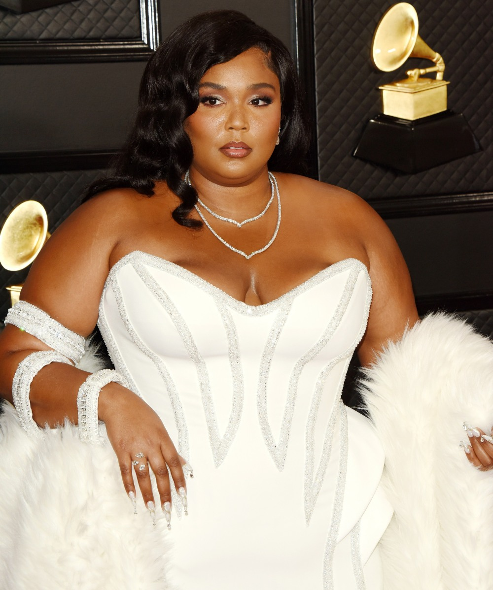 Lizzo arrives at the 62nd Annual GRAMMY Awards at Staples Center on January 26, 2020 in Los Angeles, California
