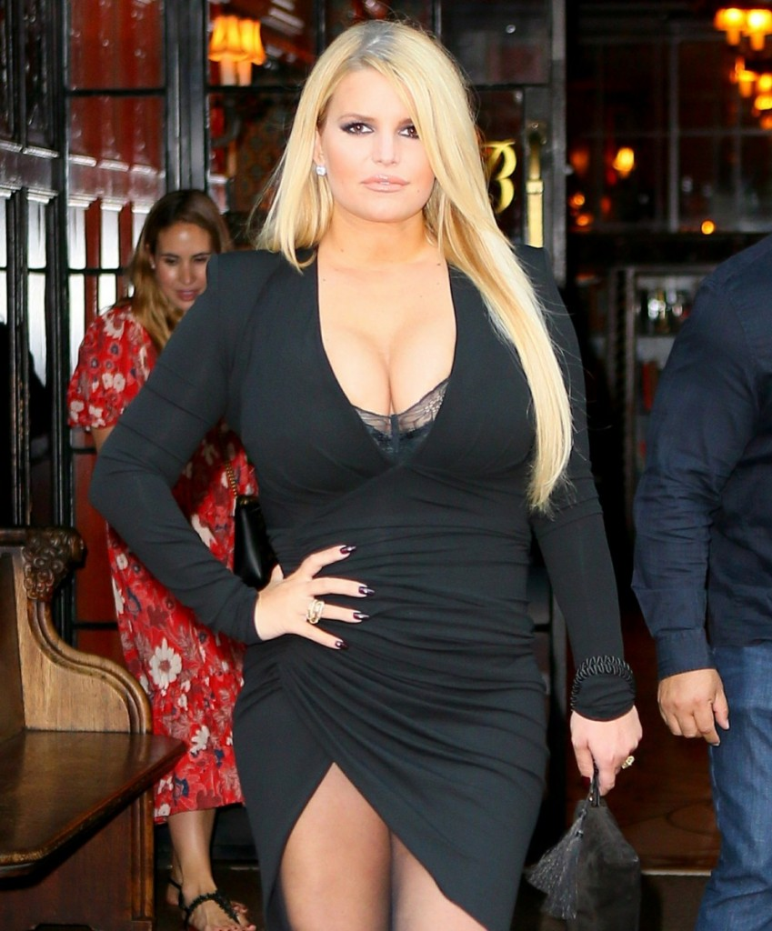 Jessica Simpson flaunts weight loss in a busty dress on her way to dinner at Il Mulino