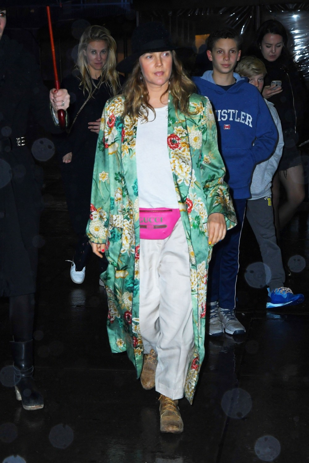 Drew Barrymore arrives at the Z100 Jingle Ball