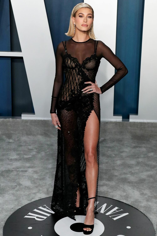 Hailey Rhode Baldwin Bieber arrives at the 2020 Vanity Fair Oscar Party held at the Wallis Annenberg...