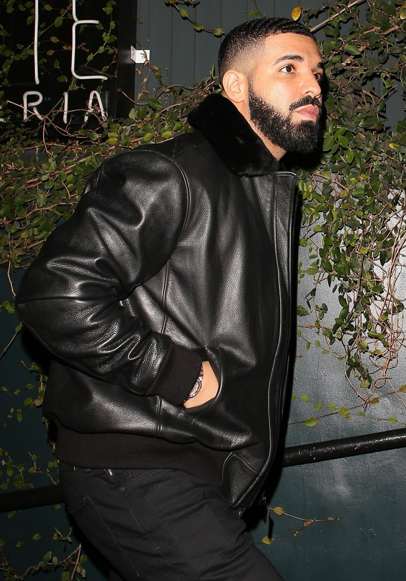Drake celebrates another sold out Aubrey & the Three Migos show at Poppy