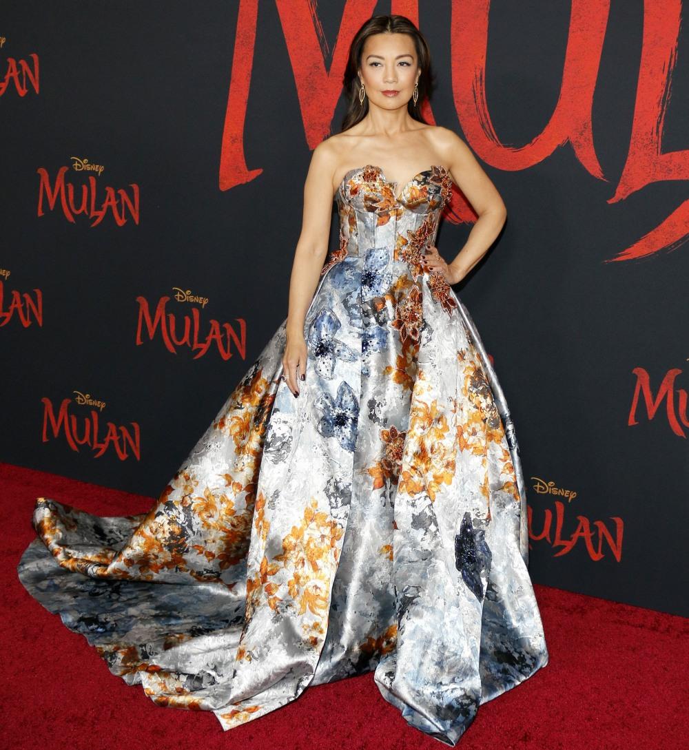 """Ming-Na Wen alla premiere mondiale di Disney """"Mulan"""" tenutasi al Dolby Theatre di Hollywood, negli Stati Uniti, il 9 marzo 2020."""