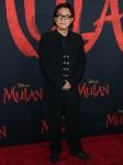 L'attore Jet Li arriva alla Premiere mondiale di ...