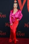 La cantante Christina Aguilera indossa una Galia Lahav ...