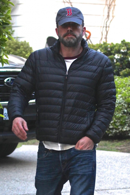Ben Affleck exits Jennifer Garner's home after 4 hour visit