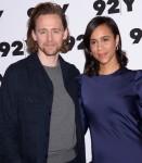 Tom Hiddleston, Zawe Ashton agli arrivi ...