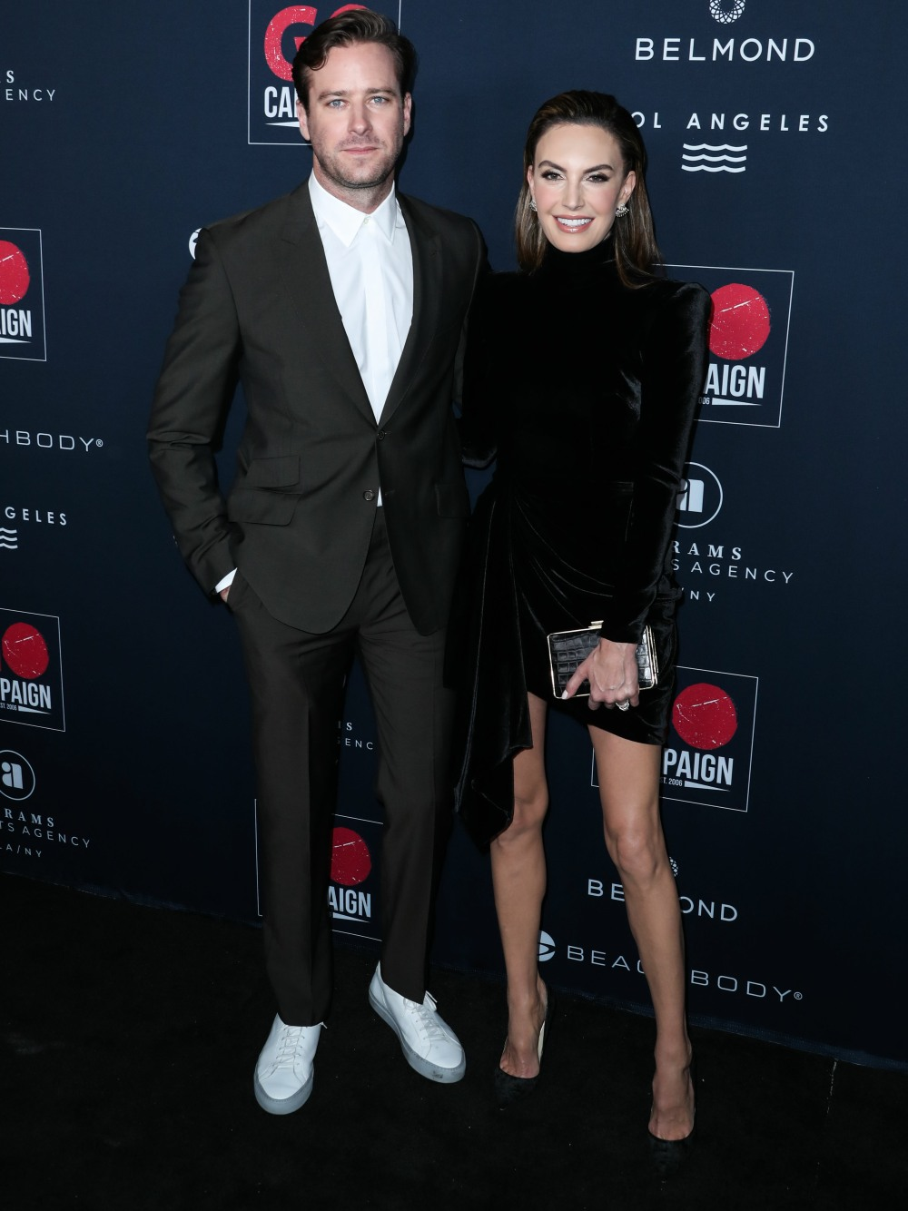 Armie Hammer & Elizabeth Chambers are…