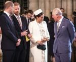 La duchessa del Sussex parla con il principe Carlo all'Abbazia di Westminster Commonw