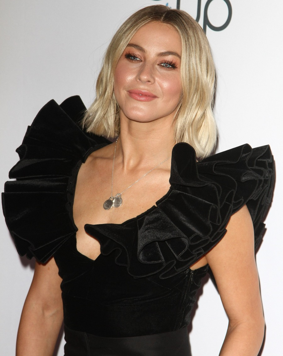 Julianne Hough attends The 2nd Annual Girl Up Girlhero Awards in Los Angeles on Sunday, October 13th, 2019