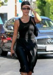 Kourtney Kardashian grabs lunch with friends at Fred Segal