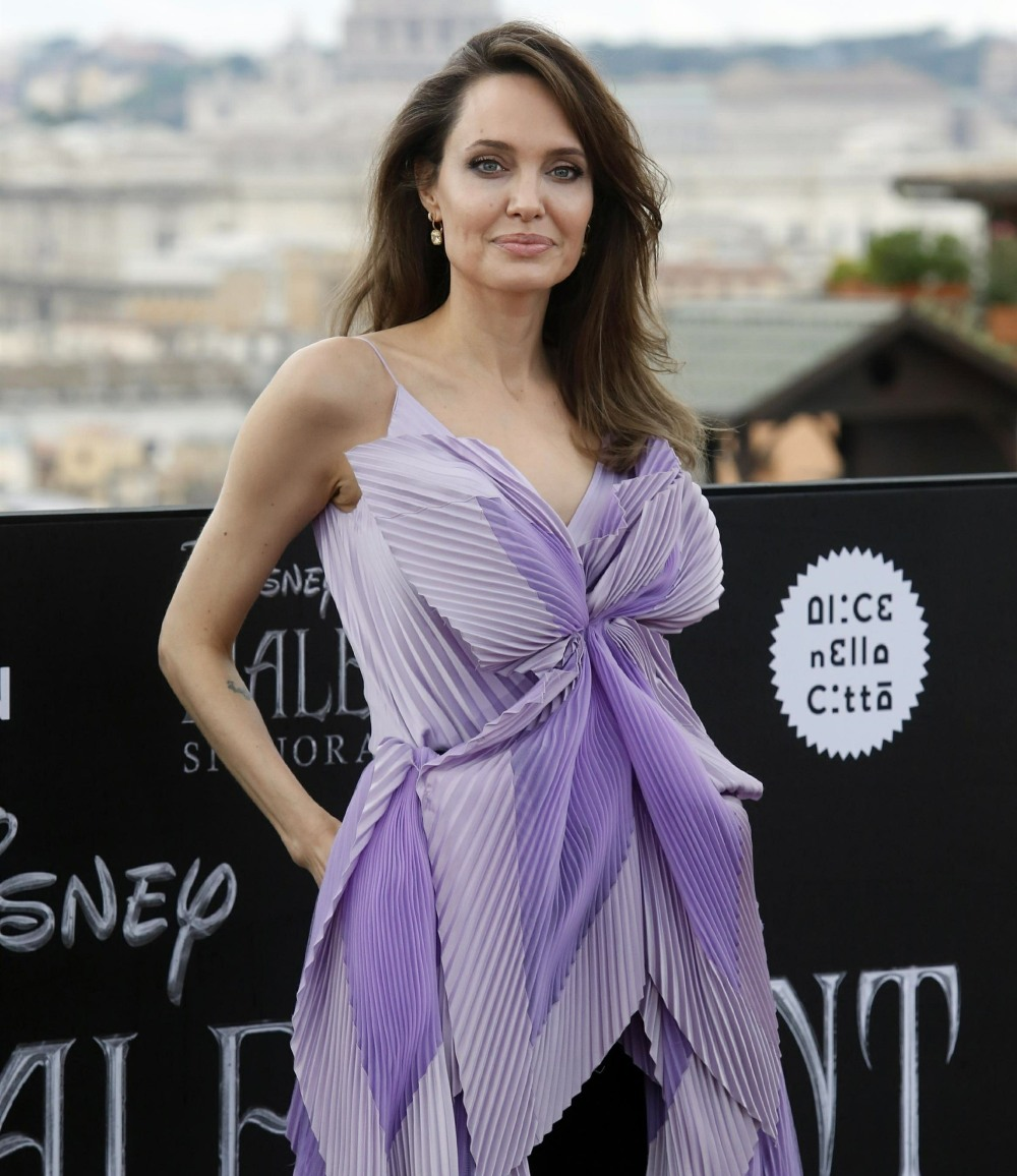 """US actress Angelina Jolie and Michelle Pfeiffer attend the photocall of the movie """"Maleficent – Mistress Of Evil"""""""