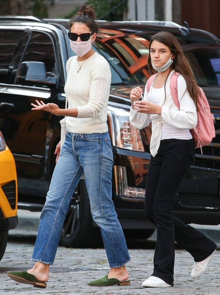 Katie Holmes takes Suri out for some ice cream