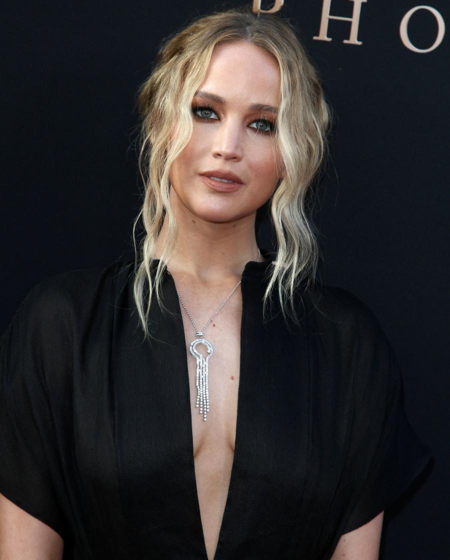 """Jennifer Lawrence attends The premiere of """"Dark Phoenix"""" in Los Angeles"""