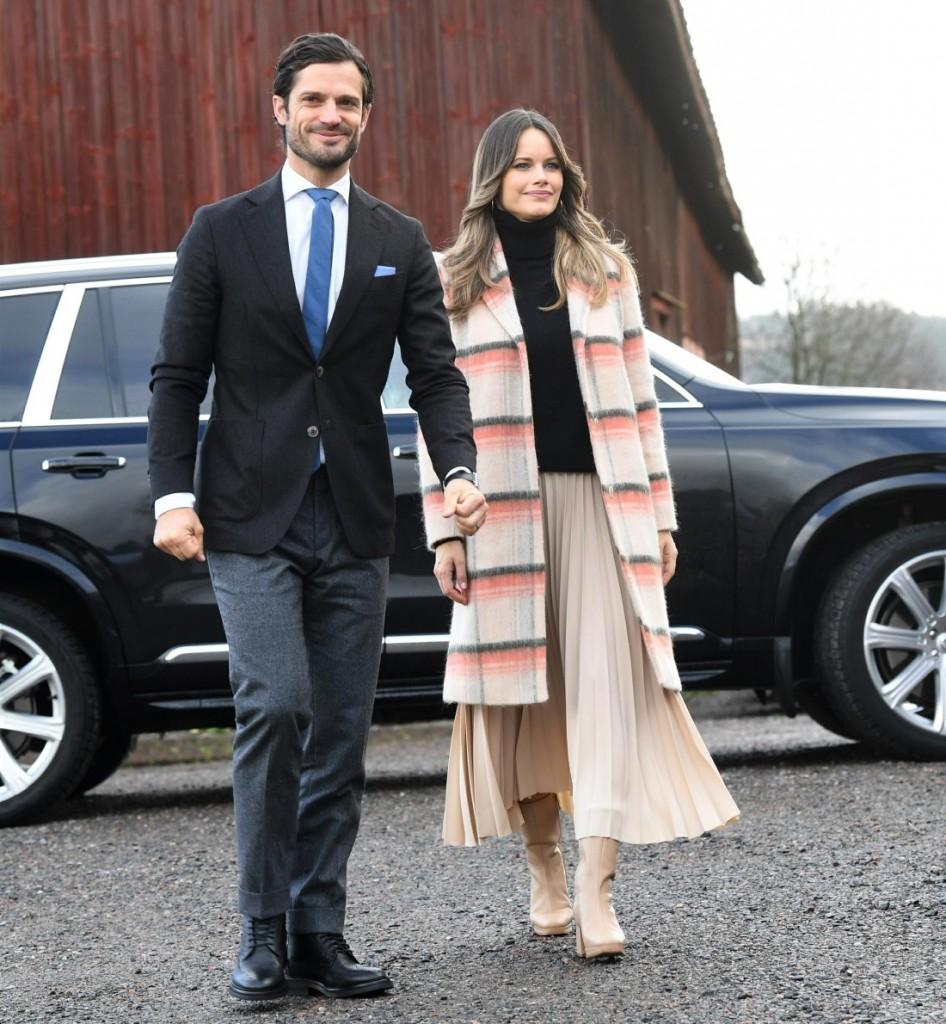 Prince Carl Philip and Princess Sofia visit Kulinarika at Aplungen