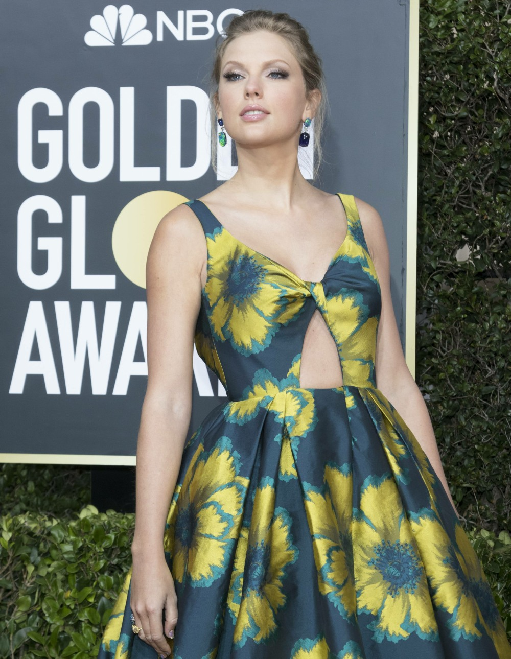 Taylor Swift attends the 77th Annual Golden Globe Awards, Golden Globes, at Hotel Beverly Hilton in Beverly Hills, Los Angeles, USA, on 05 January 2020. | usage worldwide