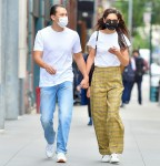 Katie Holmes and Emilio Vitolo Jr clutch hands in NYC
