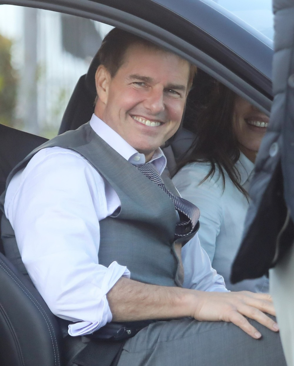 Tom Cruise is a happy guy on set!