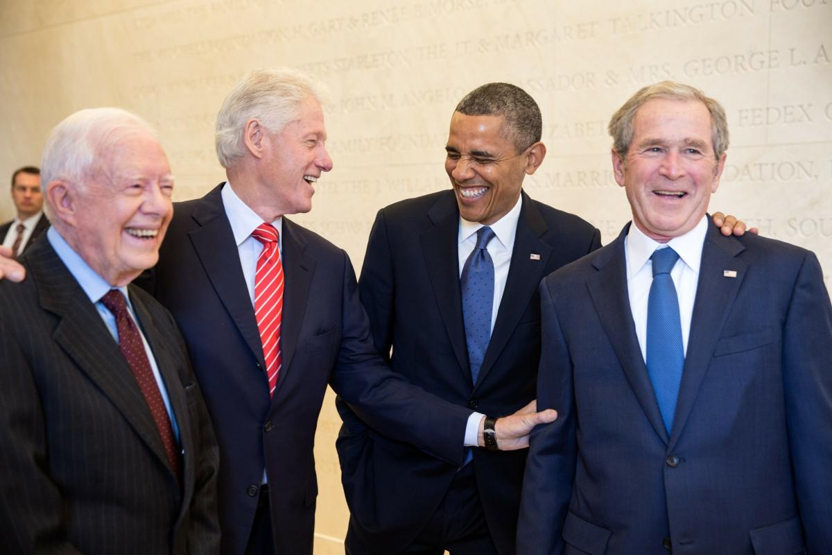 Bill Clinton, Barack Obama & George W. Bush announce they will take the vaccine