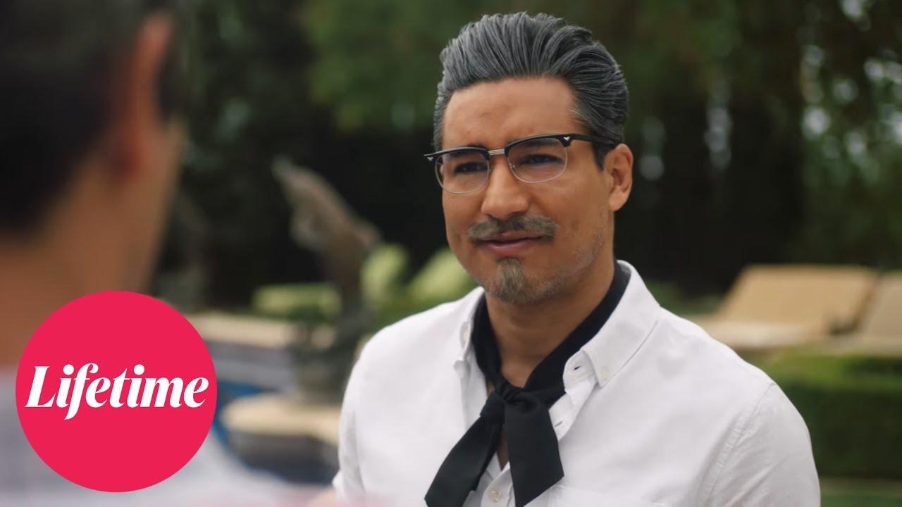 Mario Lopez is hunky Colonel Sanders