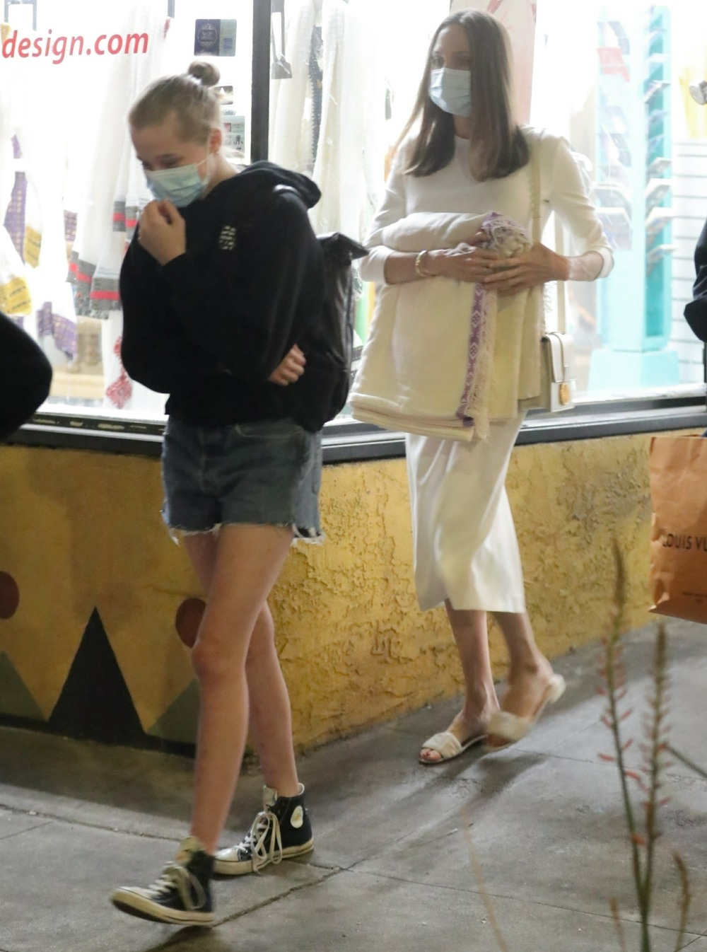 Angelina Jolie takes her daughters shopping at Ethiopian Design in LA