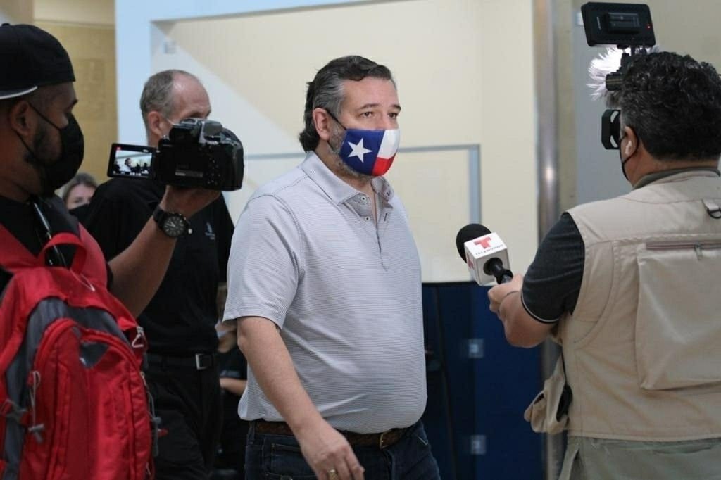 Senator Ted Cruz Heading Back to Texas from Cancun Amid Backlash