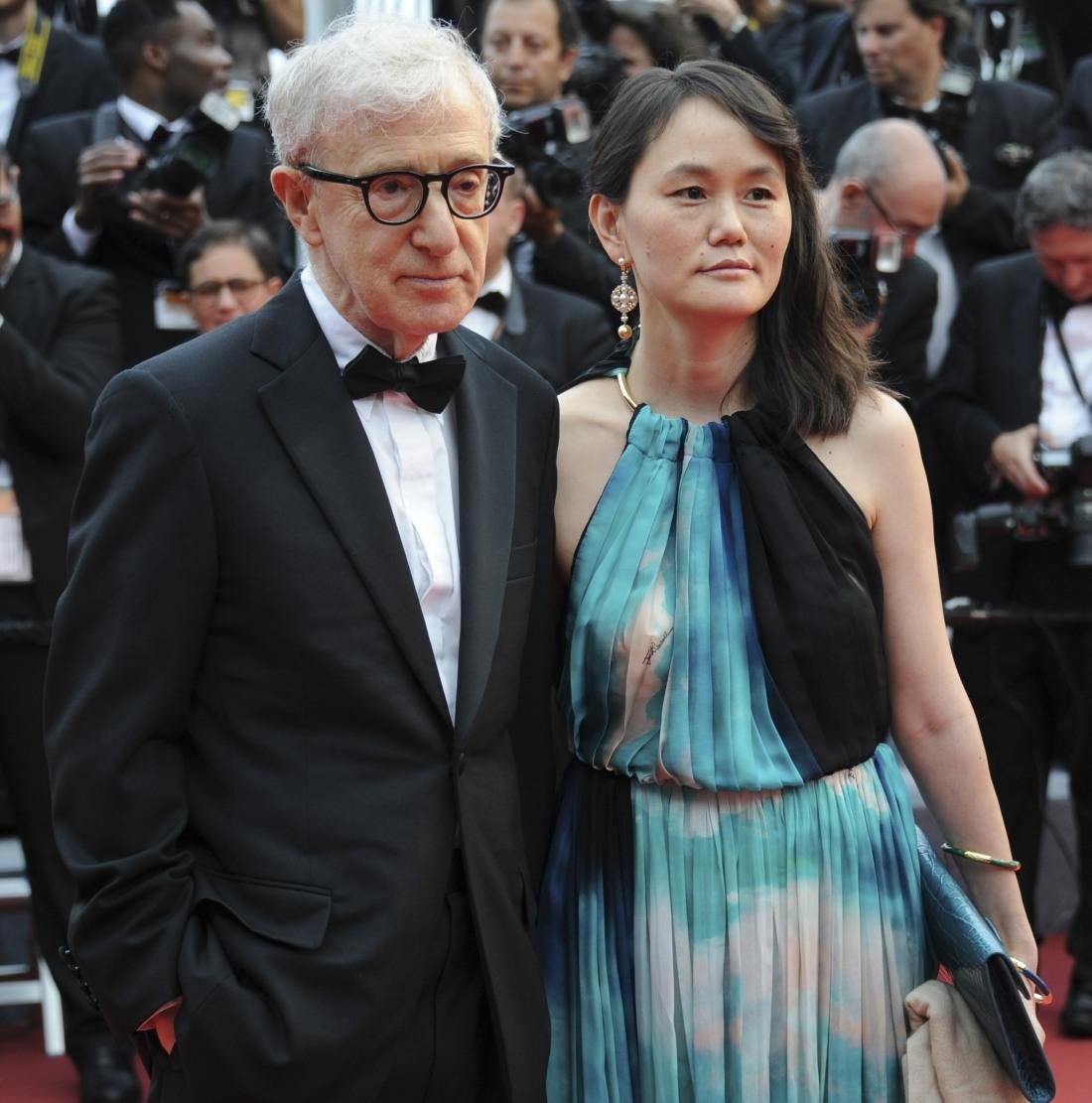 WOODY ALLEN - Soon Yi Previn (FEMME DE WOODY ALLEN) CINEMA : 69 eme Festival de Cannes - Cafe Society - 05/11/2016
