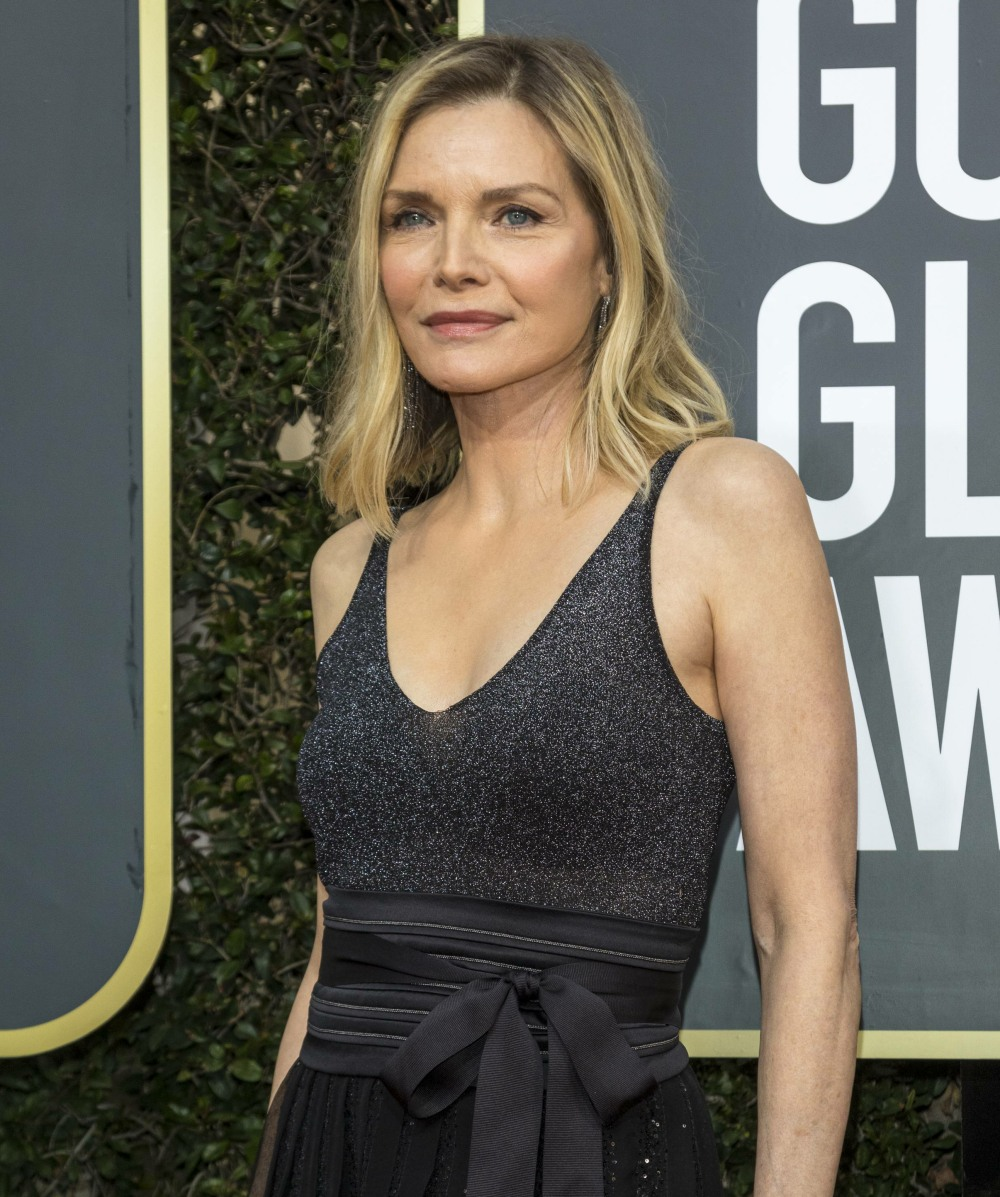 Michelle Pfeiffer attends the 77th Annual Golden Globe Awards, Golden Globes, at Hotel Beverly Hilton in Beverly Hills, Los Angeles, USA, on 05 January 2020. | usage worldwide