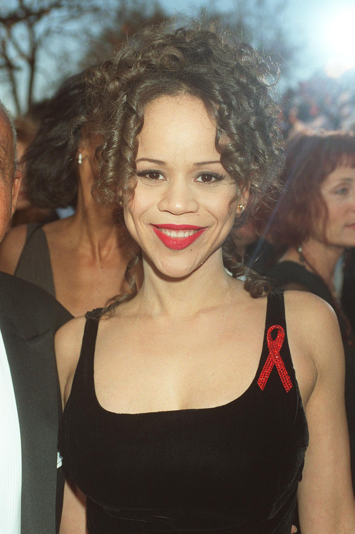 ROSIE PEREZ American Actress Attending the 1994 Academy Awards in Los Angeles COMPULSORY CREDIT: UPPA/Photoshot Photo UGL 007417/BB-32   21.03.1994