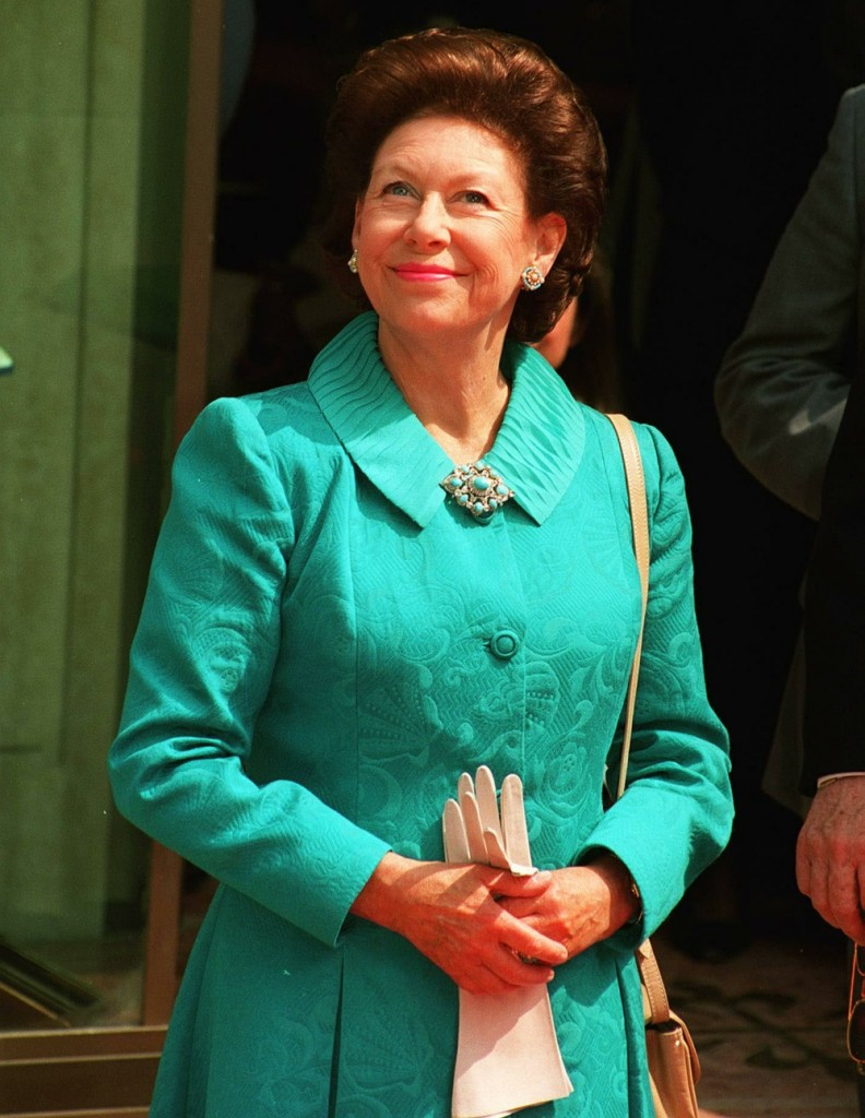 HRH PRINCESS MARGARET (At the unveiling in Bond Street, London of a statue depicting Sir Winston Churchill and President Franklin D Roosevelt) COMPULSORY CREDIT: UPPA/Photoshot Photo URM 009434/B-18 02.05.1995