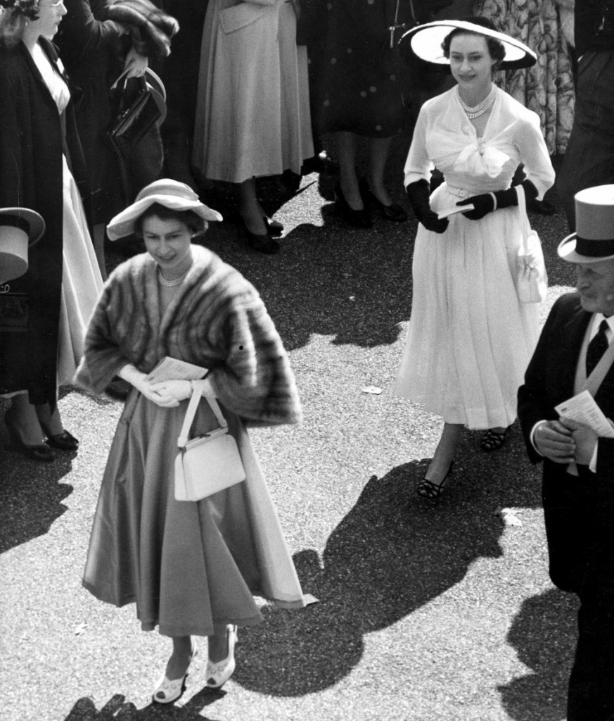 The Queen and Princess Margaret make the